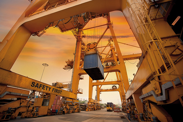 Container logistics and crane construction